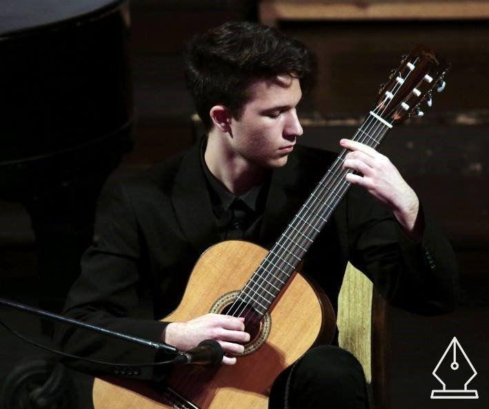 Egy feltörekvő gitáros – Kovács Tihamér interjú