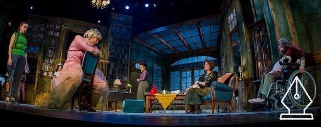 A gyilkos köztünk van – avagy 8 nő krimije a Weöres Sándor színházban