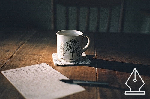 Fizess verssel a kávédért a Költészet Világnapján!