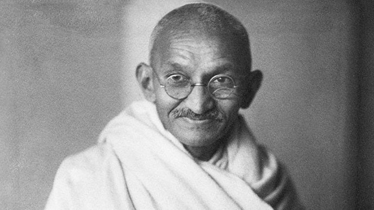 """""""Gyűlöld a bűnt és szeresd a bűnöst"""" – 70 éve ölték meg Mahátma Gandhit"""