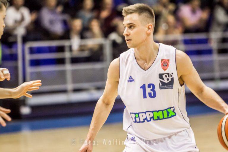 """""""Hiszek abban, hogy kilábalunk a gödörből"""" – Interjú Mészáros Mátéval, a Sopron KC játékosával"""