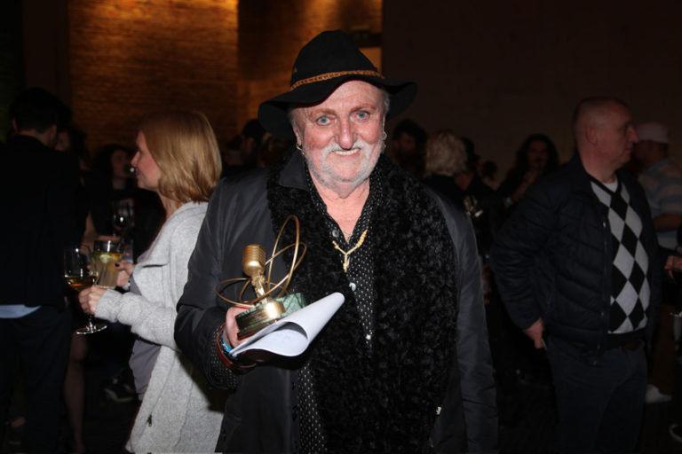 Pásztor Anna köpködött, asztalt fejelt, mégsem sikerült feldobnia a 2018-as Fonogram-díjátadót