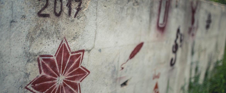 Kivonulás a világból, majd zászlóbontás – A II. Nyolc Ág Művésztábor programja