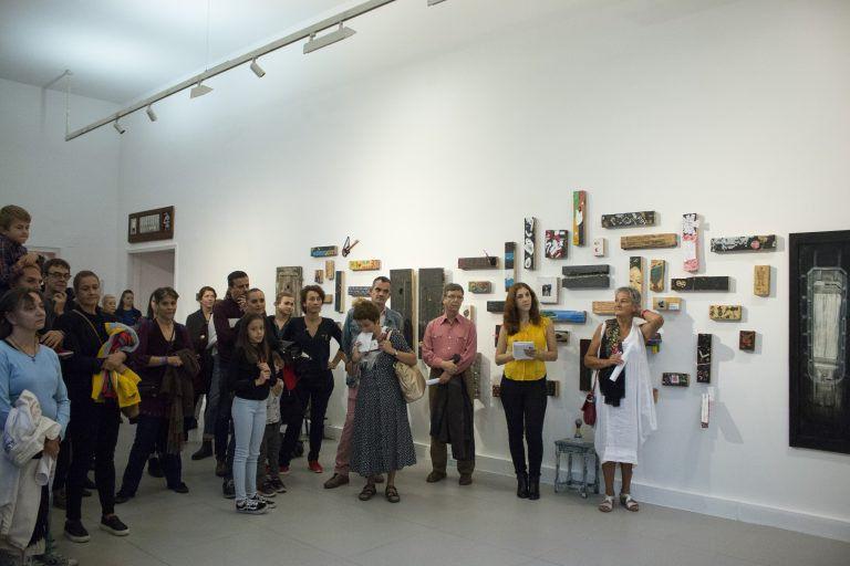 """A """"világot jelentő"""" deszkák… – A Radnóti Színház különös kiállításán jártunk"""