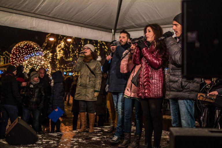 Angyalok éneke Szombathelyen – Flashmob a karácsonyi vásárban