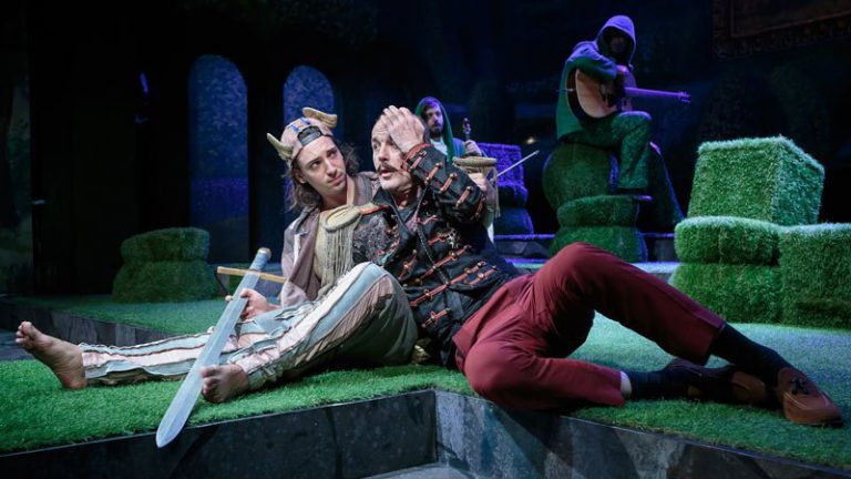 Lóvátett lovagok – Shakespeare a Pesti Színházban