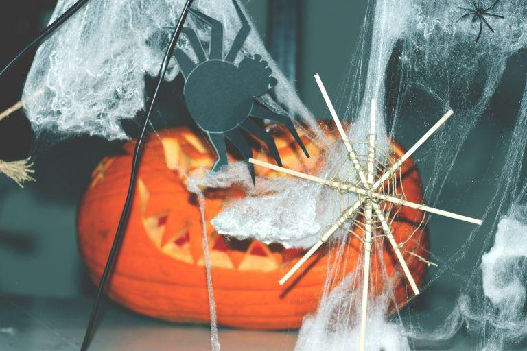 #áthatás – Végtelen Halloween