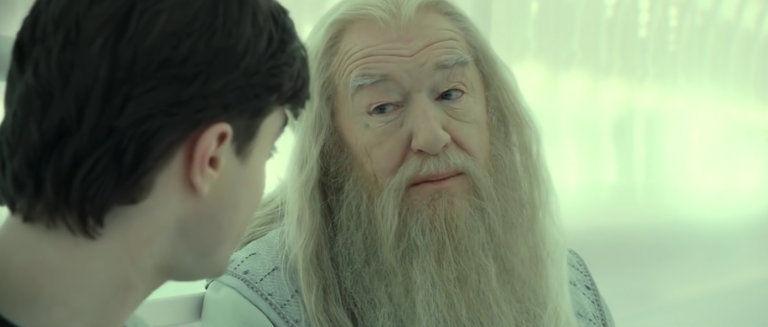 Albus Dumbledore rossz ember?