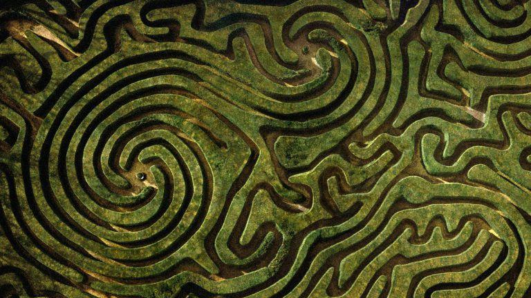 #áthatás – Labirintus
