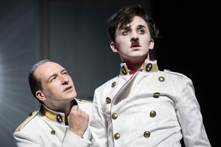 A diktátor – A Vígszínház feldolgozása