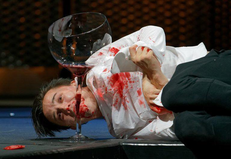 Modern Shakespeare – Hamlet a Vígszínházban