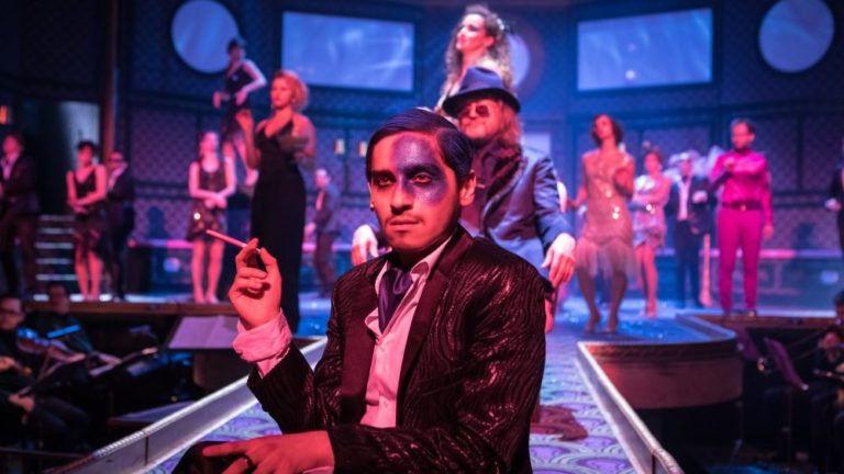 Csillogás a jazzkorszakban – A nagy Gatsby színpadon