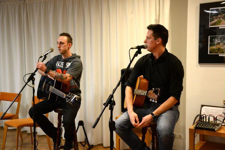 """""""Ez a mi évünk lesz!"""" – Az Ndrew's Acoustic volt a Bájoló vendége"""