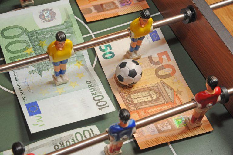 Erkölcs vagy üzlet? A modern futballjelenség problémái