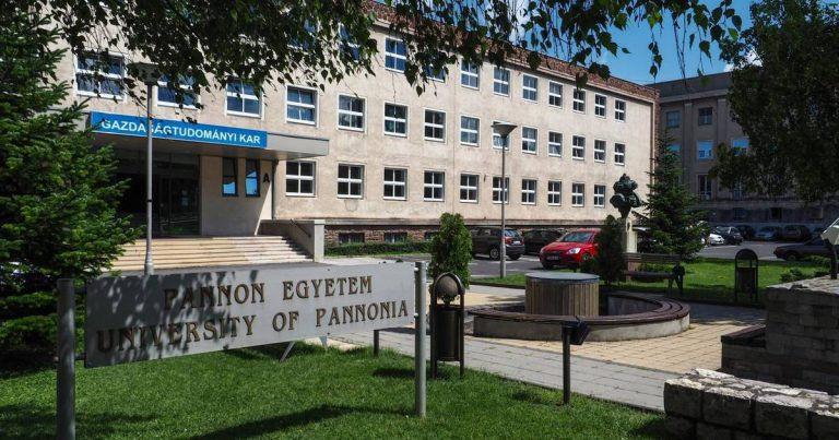Tananyagfejlesztéssel segít a Pannon Egyetem