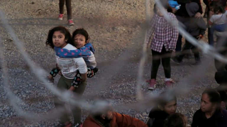 Desierto sonoro, avagy a Hangzó sivatag – Valeria Luiselli: Elveszett gyerekek archívuma – könyvajánló